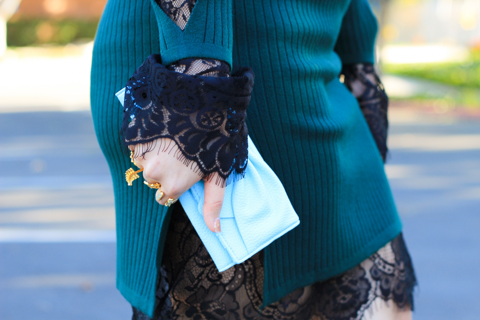 lace bell sleeves