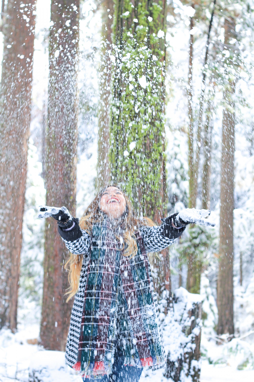 Throwing Snow Yosemite