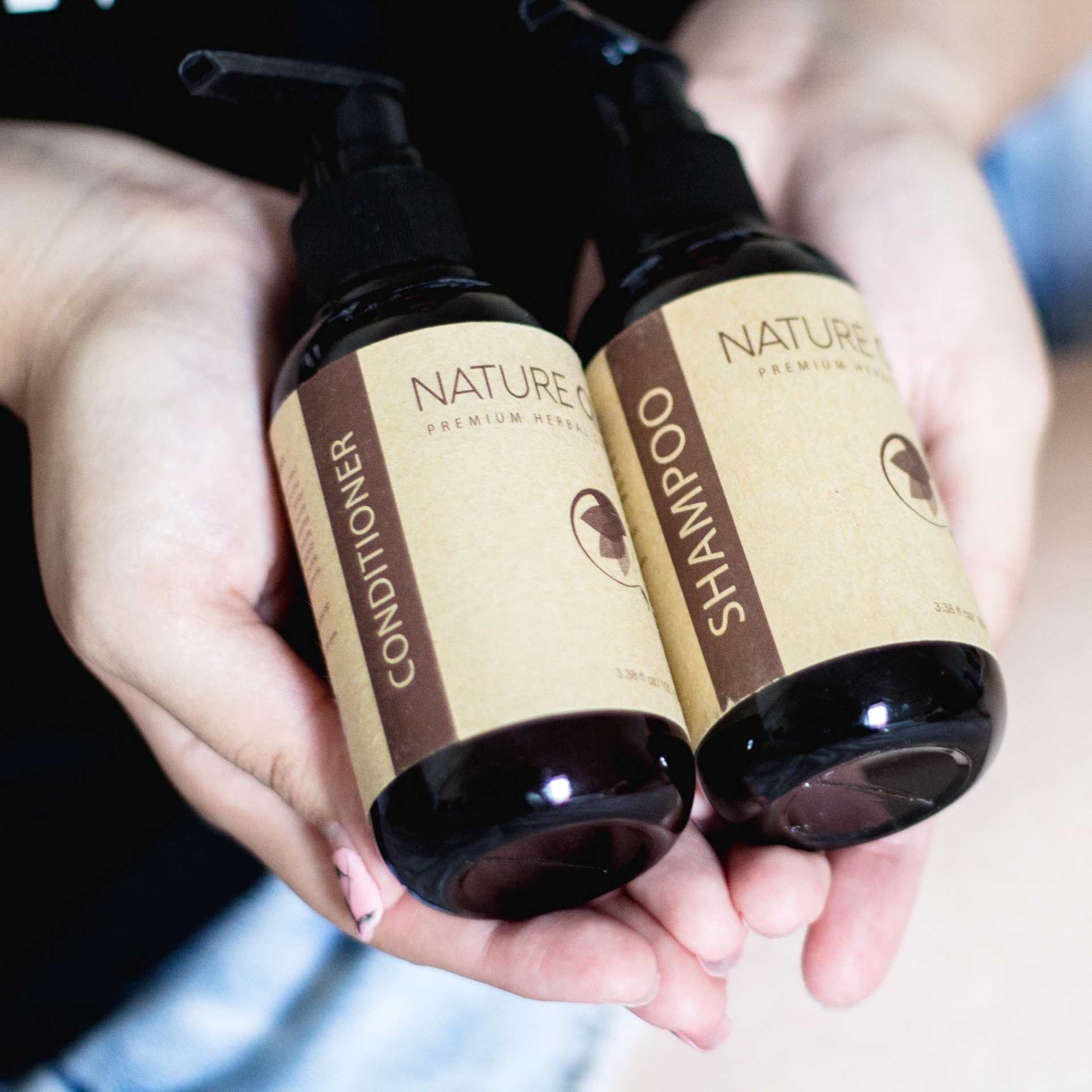 Nature-Queen-Herbal-Shampoo-and-Conditioner