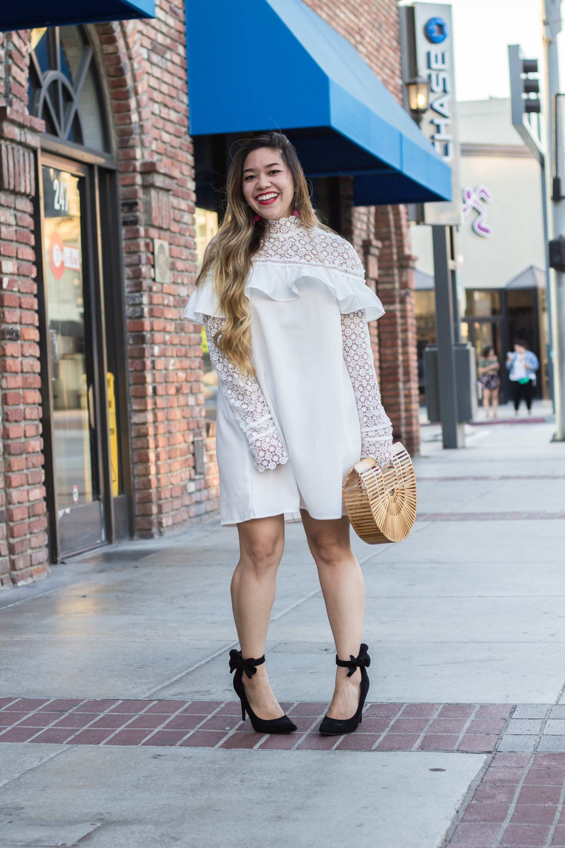 white-lace-tiered-frill-dress