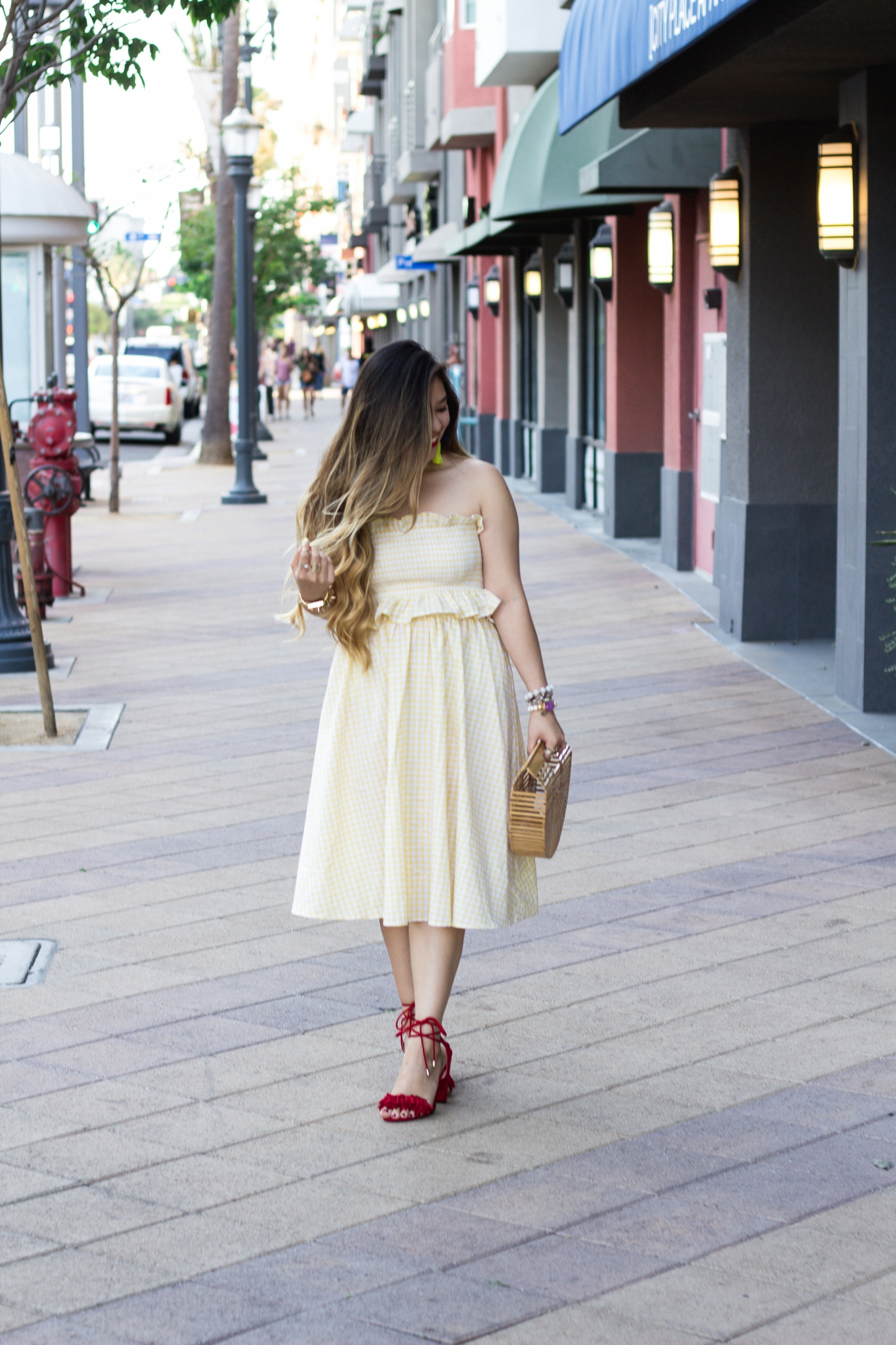 pastel-yellow-crop-top-with-skirt-set