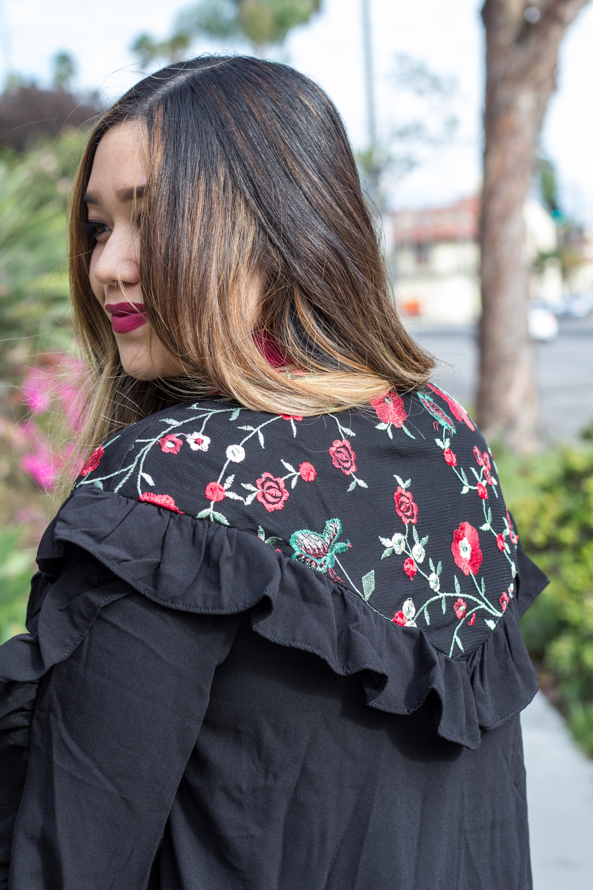 Shein-Romwe-Frill-Trim-Embroidered-Yoke-And-Cuff-Bomber-Jacket-Ruffle-Floral