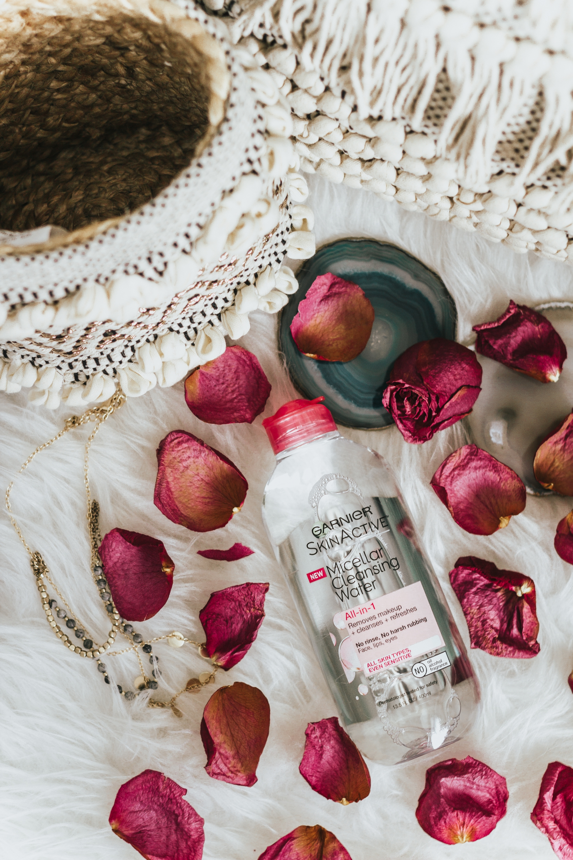 Garnier SkinActive Micellar Cleansing Water Pink