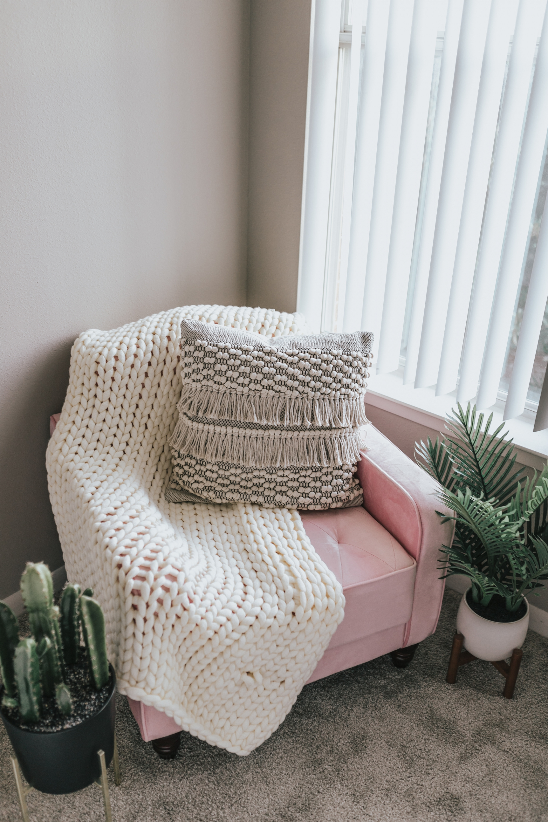 Pink Accent Chair Novogratz Vintage Tufted Accent Chair DHP Furniture Walmart Pink Couch Pink Ottoman Home Goods TJ Maxi Chunky Knit Throw Blanket Throw Pillow Fringe Pom Pom Wayfair Faux Palm Tree World Market Faux Cactus Pottery Barn Pot Planter Stand Home Decor Blogger